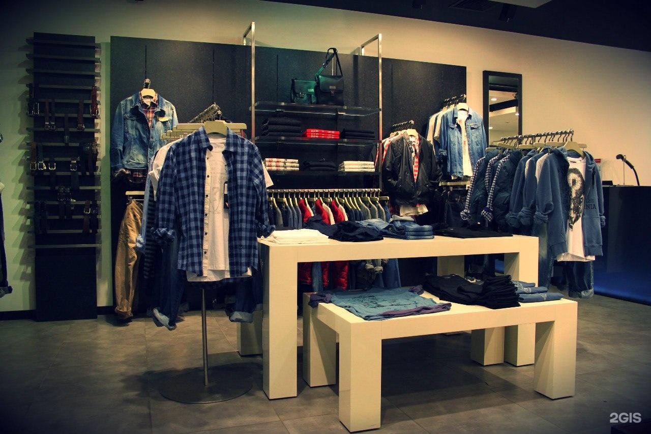 Мы нашли для вас 28 магазинов одежды и обуви в городе санкт-петербург; актуальная информация об услугах в санкт-петербурге, удобный поиск; все одежда и обувь санкт-петербурга на карте с отзывами, рейтингом и фото.